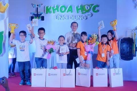 Học sinh Việt Nam sang Australia dự cuộc thi khoa học ứng dụng