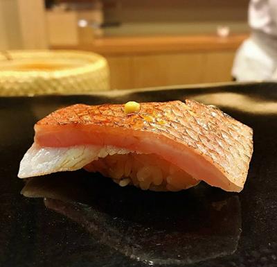 Tiệc buffet hải sản hoành tráng bậc nhất trong lâu đài Tajmasago