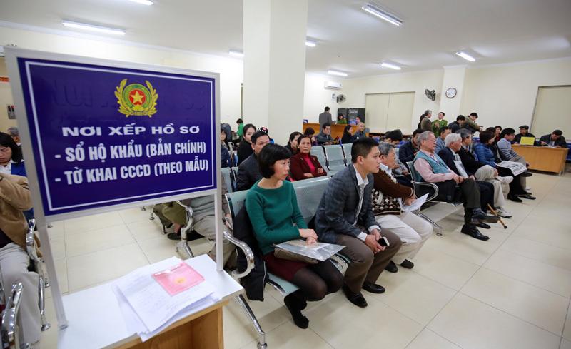 Hà Nội,Thẻ căn cước,Ủy ban nhân dân quận,Chứng minh nhân dân,Thủ tục cấp sổ đỏ,Chính quyền điện tử,Cải cách hành chính