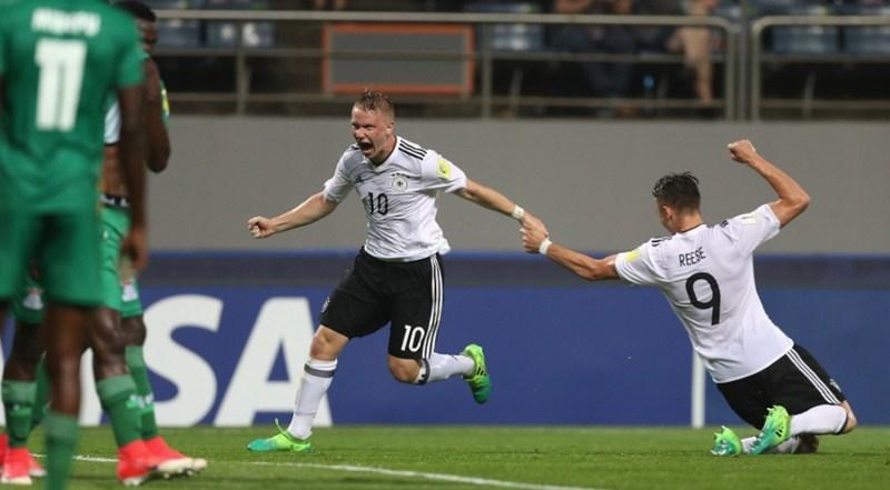 U20 Đức bật bãi khỏi U20 World Cup sau màn rượt đuổi 'điên rồ'