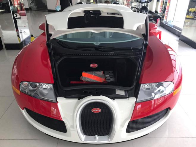 Siêu xe Bugatti Veyron độc nhất Việt Nam giờ ra sao?
