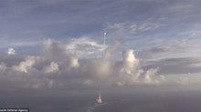 Khoảnh khắc Mỹ bắn nổ tung tên lửa 'Triều Tiên'