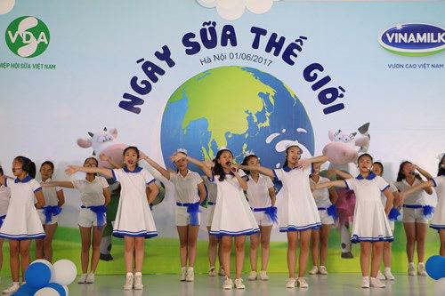 Tết Thiếu nhi tôn vinh ngành Sữa Việt Nam