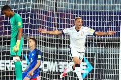 Đá bay U20 Pháp, Italia hùng dũng vào tứ kết
