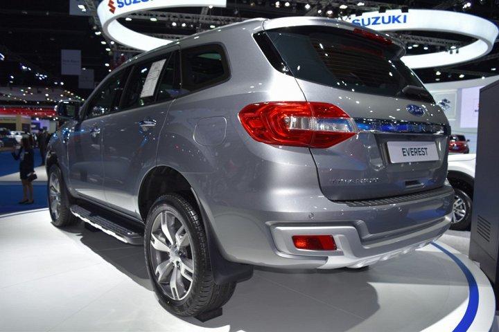 Ô tô Ford đang có mức giá thấp kỷ lục, đại lý lỗ hơn 100 triệu