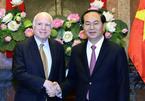 Chủ tịch nước tiếp Thượng nghị sỹ John McCain