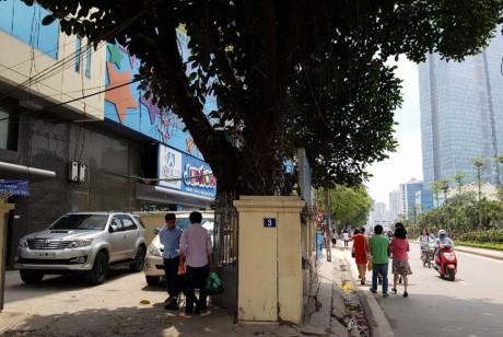 Cận cảnh đoạn vỉa hè được đền bù hơn 34 tỷ đồng ở Hà Nội