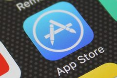 """Apple tiết lộ doanh thu """"khủng"""" của các nhà phát triển ứng dụng iOS"""