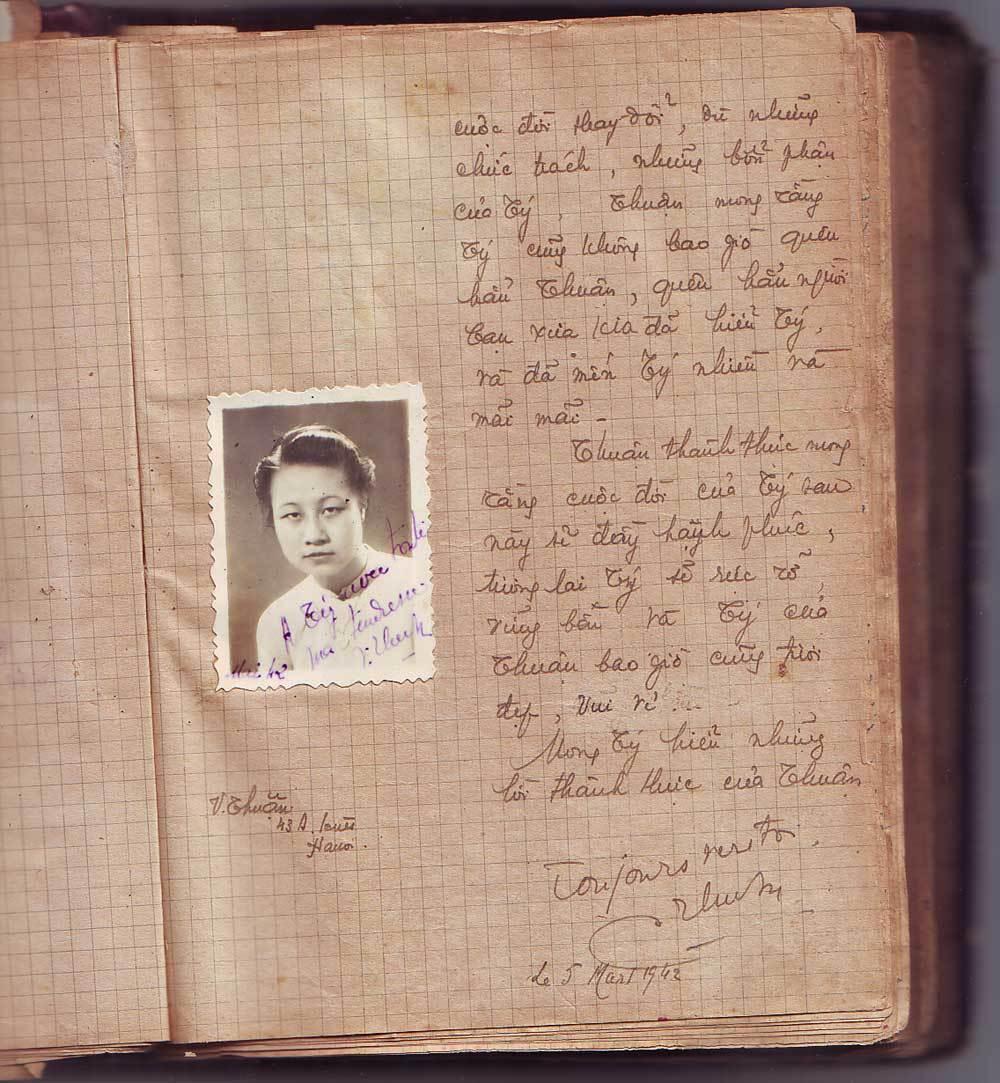 Nữ sinh Đồng Khánh nói về bài thơ 'Hai sắc hoa ti gôn'