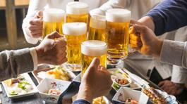 Cách người Nhật bảo vệ đại tràng khi uống rượu bia