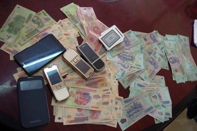 Nộp phạt tội đánh bạc ở đâu?