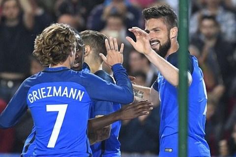 Highlights Pháp 5-0 Paraguay