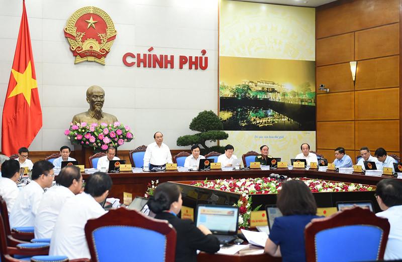 Thủ tướng: Không ngồi nhà chờ báo cáo