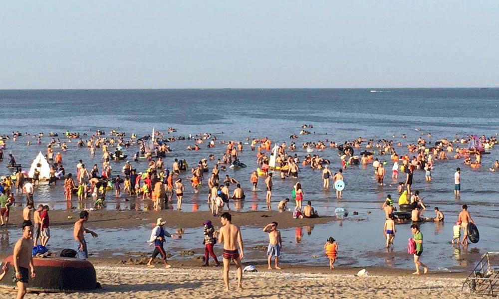 nắng nóng, nóng kỷ lục, Sầm Sơn, Cửa Lò, Đồ Sơn, bãi biển, giải nhiệt