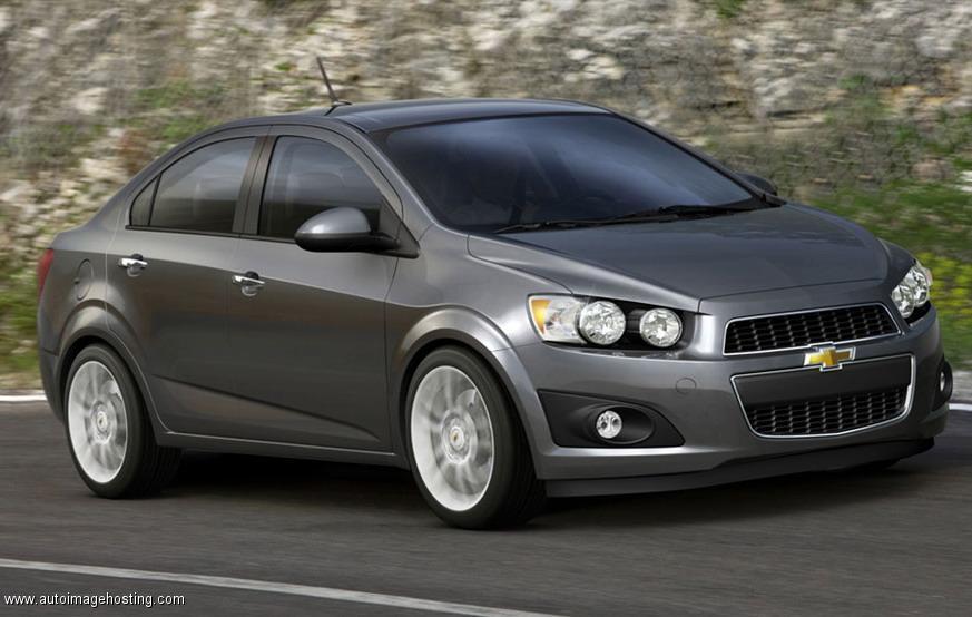 Top 5 ô tô cũ tầm giá 350 triệu người tiêu dùng nên mua