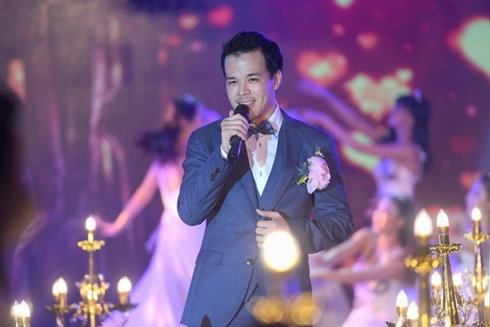 Tiệc cưới đẳng cấp của người đẹp Sang Lê và doanh nhân