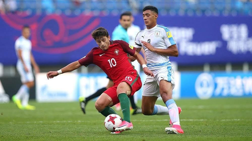 Bắn hạ U20 Bồ Đào Nha, U20 Uruguay bay vào bán kết