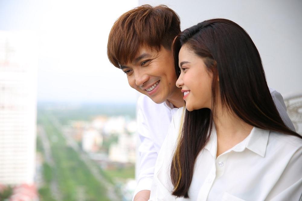 Giữa tin ly hôn, Tim - Trương Quỳnh Anh vẫn hát chung