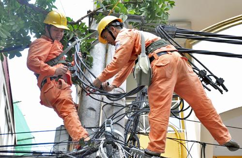 EVN đề nghị tiết kiệm điện ngày nắng nóng