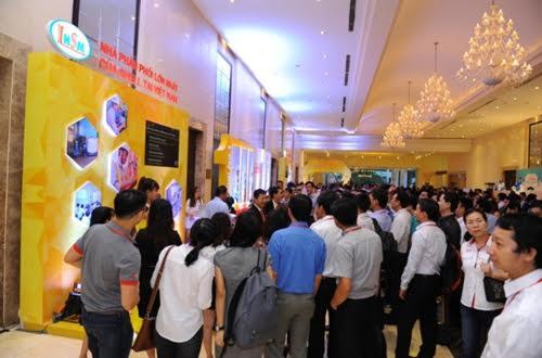 Shell Việt Nam ra mắt dầu thủy lực thế hệ mới