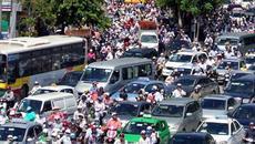 Quay đầu ô tô gây tắc đường bị phạt ra sao?