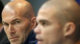 """Zidane và Real vừa vô địch đã có """"biến"""""""