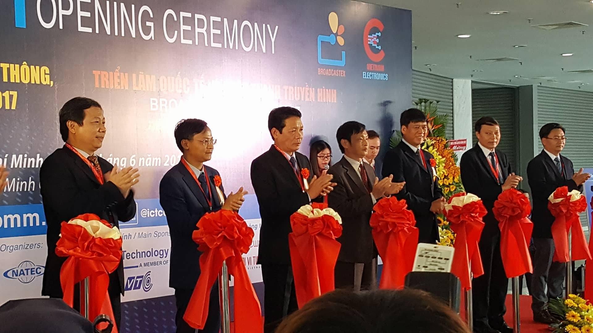 Khai mạc triển lãm quốc tế Vietnam ICT COMM 2017
