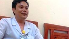 Đề nghị khai trừ Đảng Phó giám đốc BV quan hệ với điều dưỡng