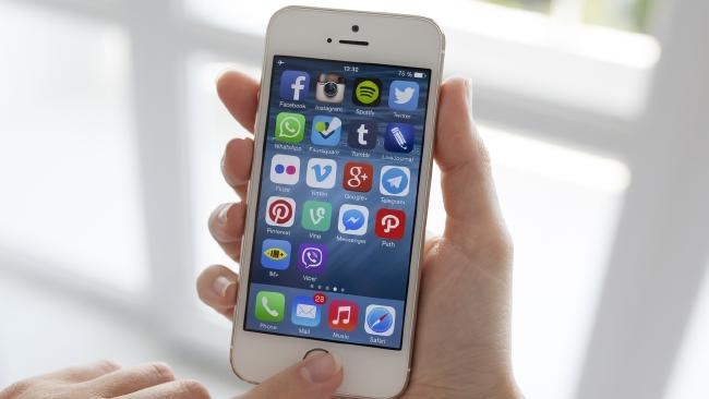 "iPhone 5 sẽ sớm bị Apple ""khai tử""?"