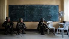 Những hình ảnh phơi bày chiến sự ác liệt ở Nam Philippines