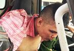 4 CSGT vây bắt tên cướp túi tiền của bà chủ quán phở