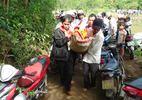 Người nhái tìm 2 học sinh đuối nước khi đi tắm thác