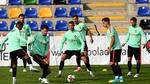 """Ronaldo tập luyện điên cuồng, quyết """"ăn sống nuốt tươi"""" Latvia"""
