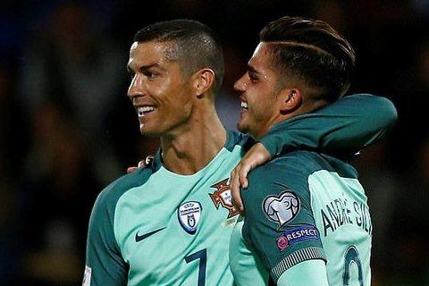 Video bàn thắng Latvia 0-3 Bồ Đào Nha