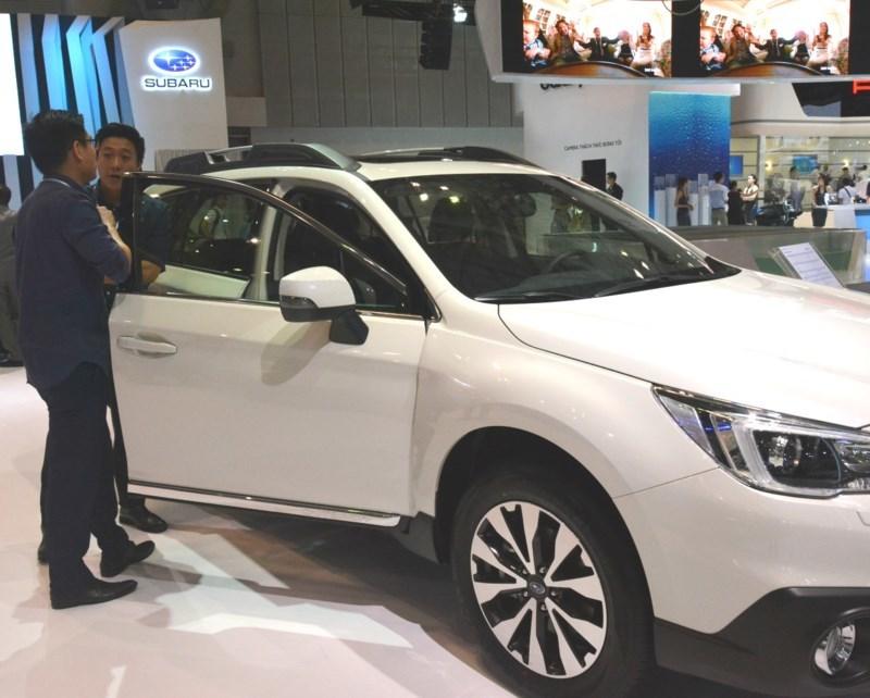 Ô tô Ấn Độ rẻ nhất chỉ hơn 100 triệu đồng/chiếc
