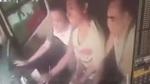 Tài xế buýt bị cướp lái, tai nạn ập đến khiến 9 người nhập viện
