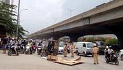 Lật xe ba bánh ở Hà Nội, một người tử vong
