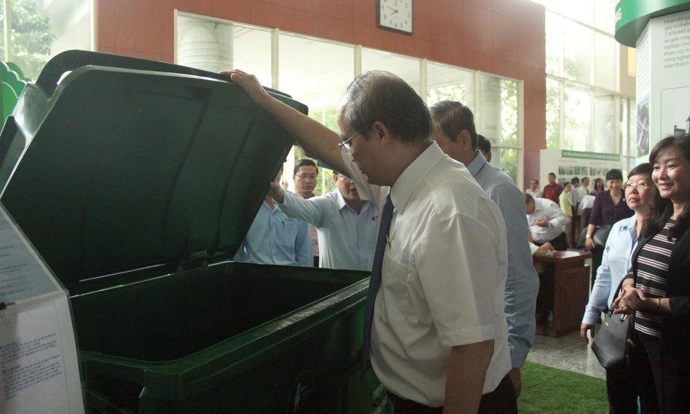Thùng rác đặc biệt ở kỳ họp bất thường HĐND TP