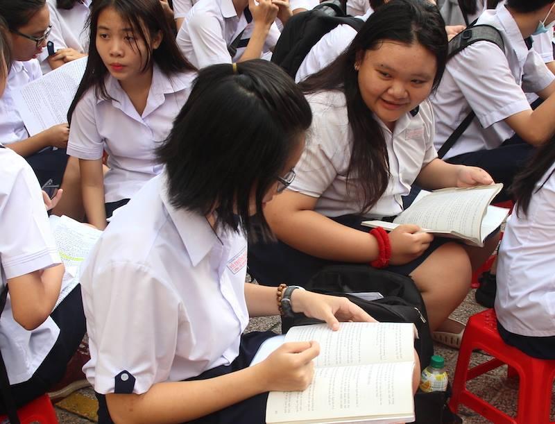 Điểm thi lớp 10 và điểm chuẩn Trường phổ thông Năng khiếu
