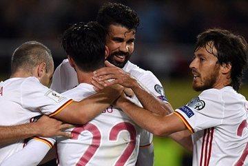 Diego Costa lập công, Tây Ban Nha nhọc nhằn giành 3 điểm