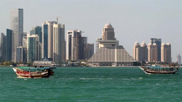 Mổ xẻ bê bối ngoại giao chấn động Vùng Vịnh