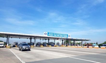 Làm đường cao tốc: Trung Quốc 5 triệu USD/km, Việt Nam 12 triệu USD