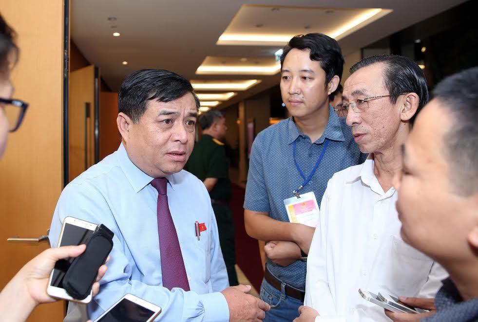 Bộ trưởng KH&ĐT: Gương mẫu bỏ luôn quy hoạch sân golf