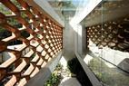 Ngắm ngôi nhà hiện đại nổi bật với vách tường tổ ong