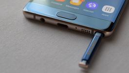 Lộ bản vẽ, Galaxy Note 8 thua xa iPhone 8?