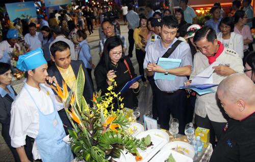 Đặc sắc hội thi Tinh hoa ẩm thực yến sào Khánh Hòa