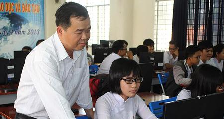 Từ cử nhân thất nghiệp tới thầy giáo trường chuyên