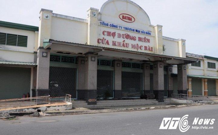 Những casino hoang tàn bên kia biên giới