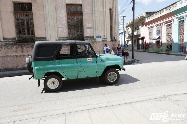 Những chuyện chưa từng kể về xe cổ ở Cuba: Khó như xin sửa xe cổ