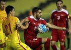 Siêu phẩm sút phạt dập tắt giấc mơ World Cup của Trung Quốc